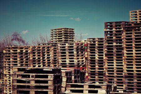 sewa pallet kayu
